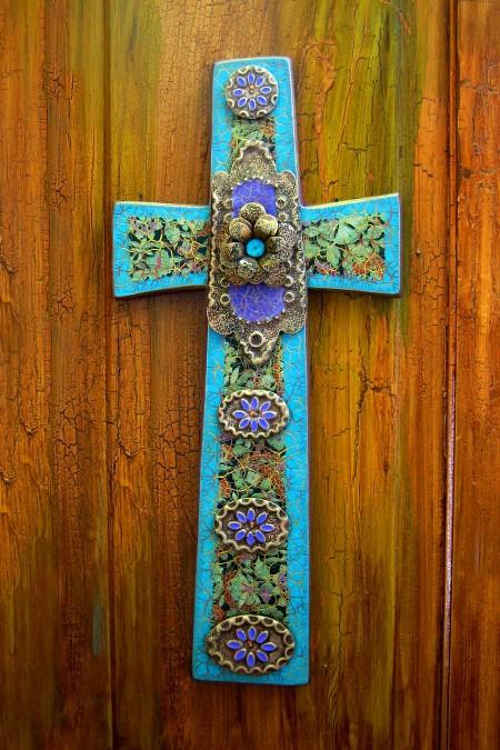 Square Bottom Medallion Cross