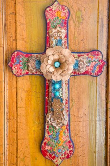 Wood Cathedral Cross With Rosette