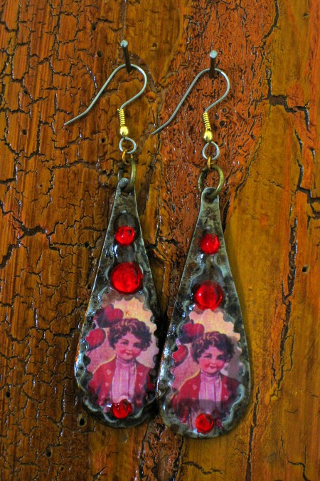 Ranch Style Country Fair Earring