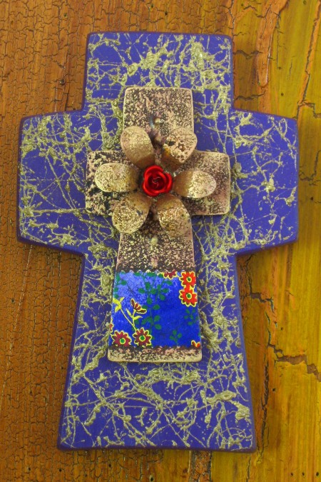 Gold Fiber Cut Wood Sundance Cross